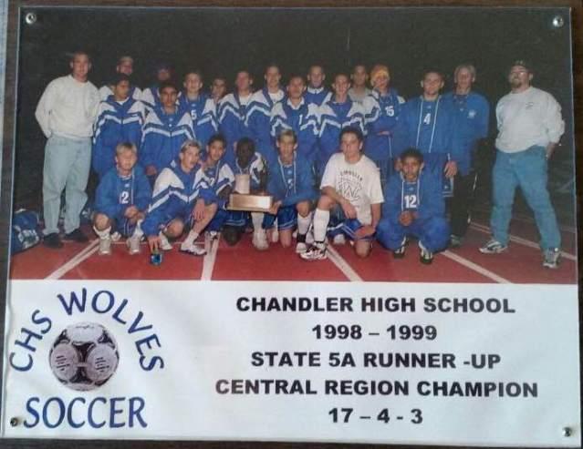 The 1998-1999 Chandler Wolves commemorative season plaque.